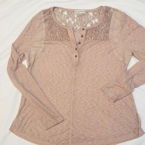KNOX ROSE...Lace collared Henley in dusty pink